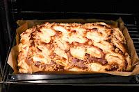 ciasto drożdżowe, placek drożdżowy, jabłka, kruszonka, ciasto drożdżowe z jabłkami, ciasto drożdżowe z kruszonką, szybkie ciasto, domowe ciasto, łatwe ciasto, prosty przepis na