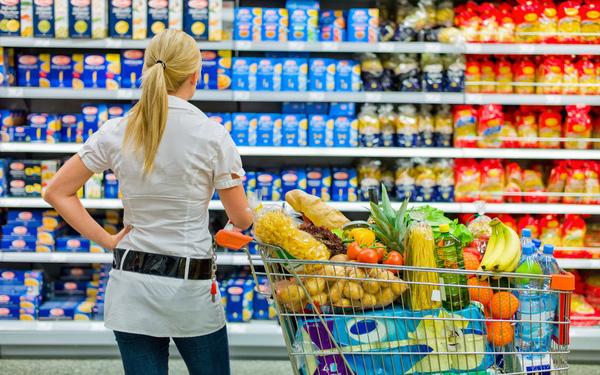 Các nhà bán lẻ làm gì để tăng doanh số trong mùa dịch Covid-19?