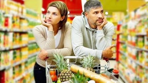 Büntetni fogják a kettős minőségű élelmiszerek árusítását Csehországban