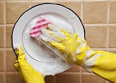 làm sạch bằng nước nóng