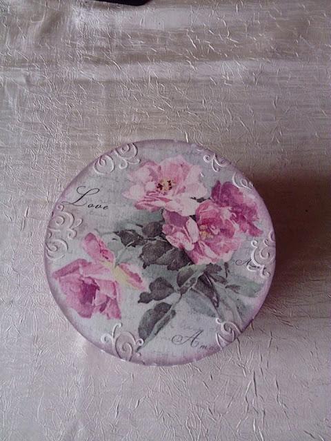 Inspiracje ze świata przyrody – romantyczne pudełko z łuby z różami ;)
