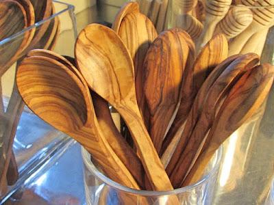 colheres de pau de madeira de oliveira