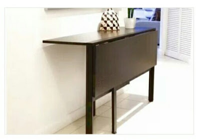 meja lipat ruang depan yang bisa digunakan sebagai tempat berkumpul bersama yang keren