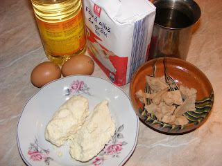 ingrediente pentru branzoaice sau langosi cu branza preparate acasa,