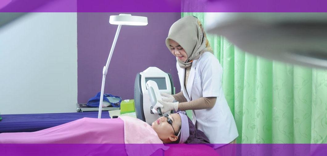 Lowongan Kerja Daerah Kudus terbaru dan terupdate 2020 saat ini Alzena Skincare membuka kesempatan kerja untuk mengisi posisi dan kualifikasi yang dibutuhkan seperti dibawah ini
