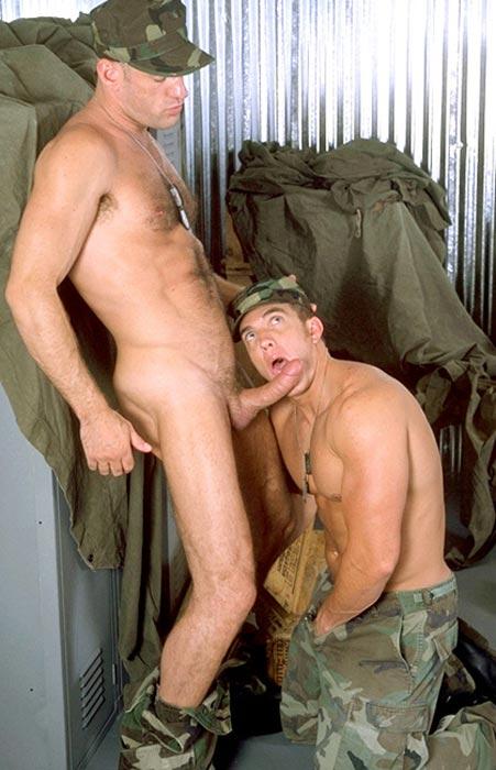 Геи в армии фото секс