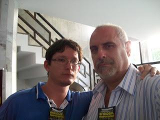 Membro ativo da AMPUP; Rafael Barros (esquerda) e o pesquisador Carlos Ferguson