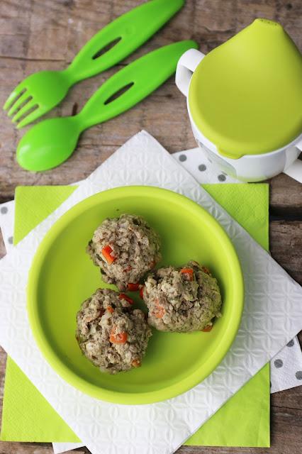 Gotowane pulpeciki z warzywami i pełnoziarnistą kaszą - idealne dla niejadków