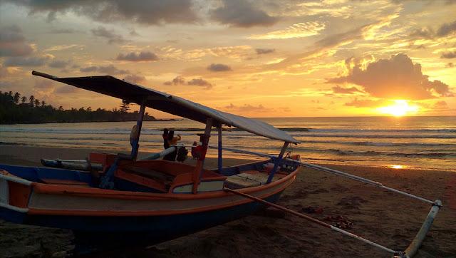 Pantai Sirombu Nias Barat wisata nias barat,Nias,Objek Wisata Pulau Nias,Destinasi Wisata Pulau Nias,