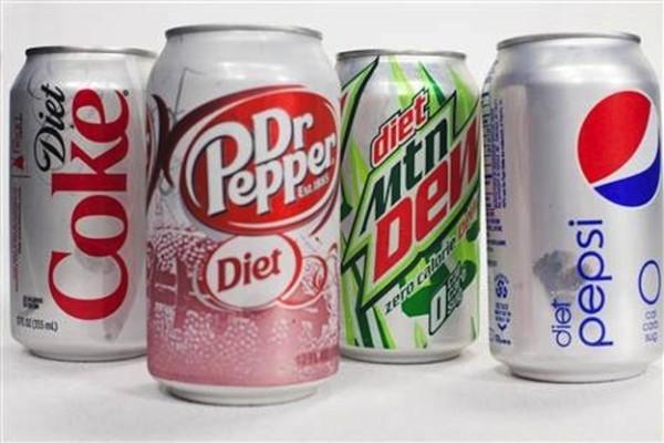 خطورة المشروبات الغازية الدايت Diet على الصحة