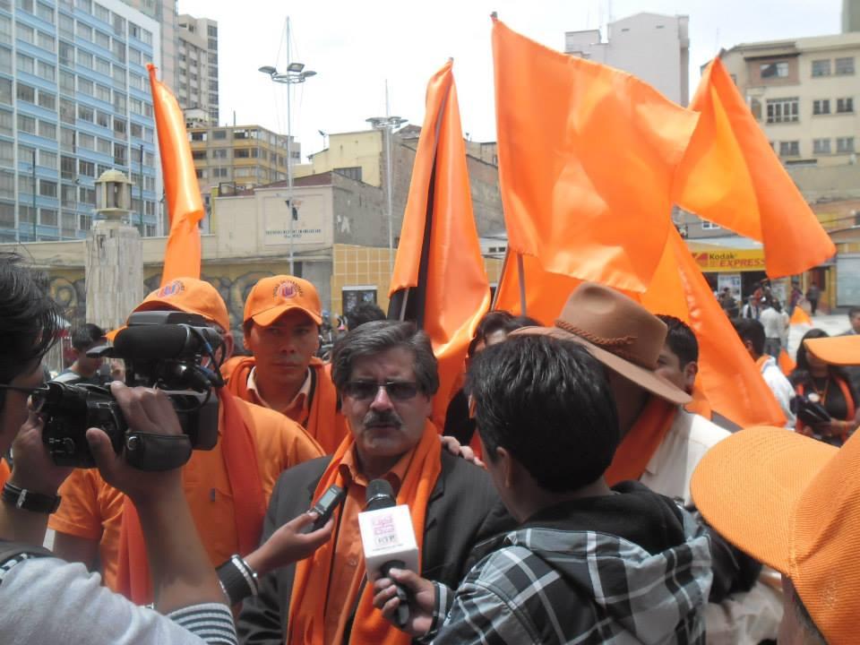 El rector afirma que todavía está abocado a la UMSA, los DDHH y la defensa de la democracia / FACEBOOK