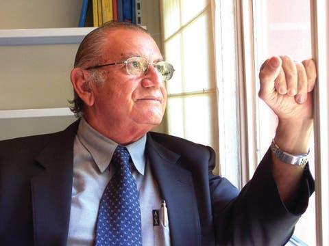 Abinader declara duelo nacional este lunes por muerte Veloz Maggiolo