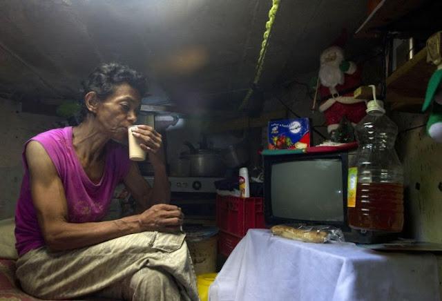 Mengharukan Mantan Pecandu Narkoba, 22 Tahun Hidup Bersama Di Tempat Tanpa Jendela dan Pintu, Pasangan Ini Hidup Sangat Bahagia