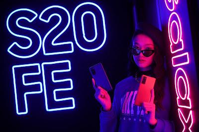 Samsung เปิดตัว Galaxy S20 FE อัดแน่นด้วยฟีเจอร์ยอดนิยมในราคาที่ใช่  เพื่อเหล่ากาแลคซี่แฟนโดยเฉพาะ
