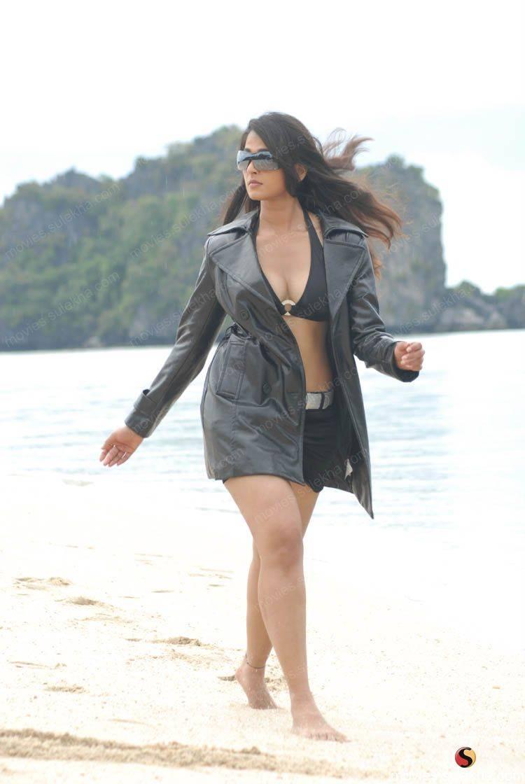 Anushka Sexy Picture