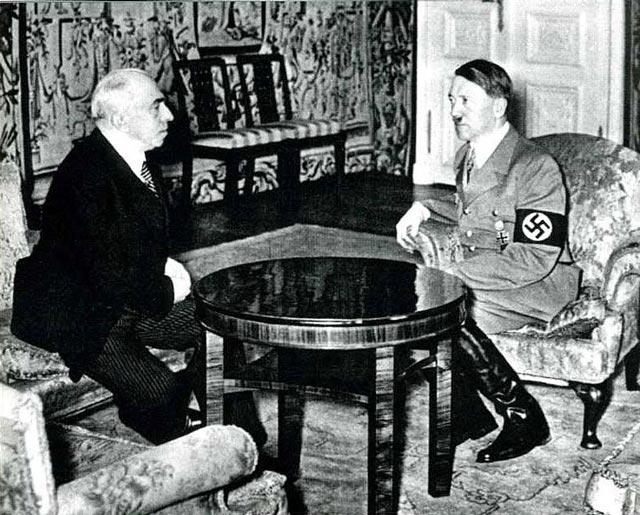 Hitler with Emil Hácha worldwartwo.filminspector.com