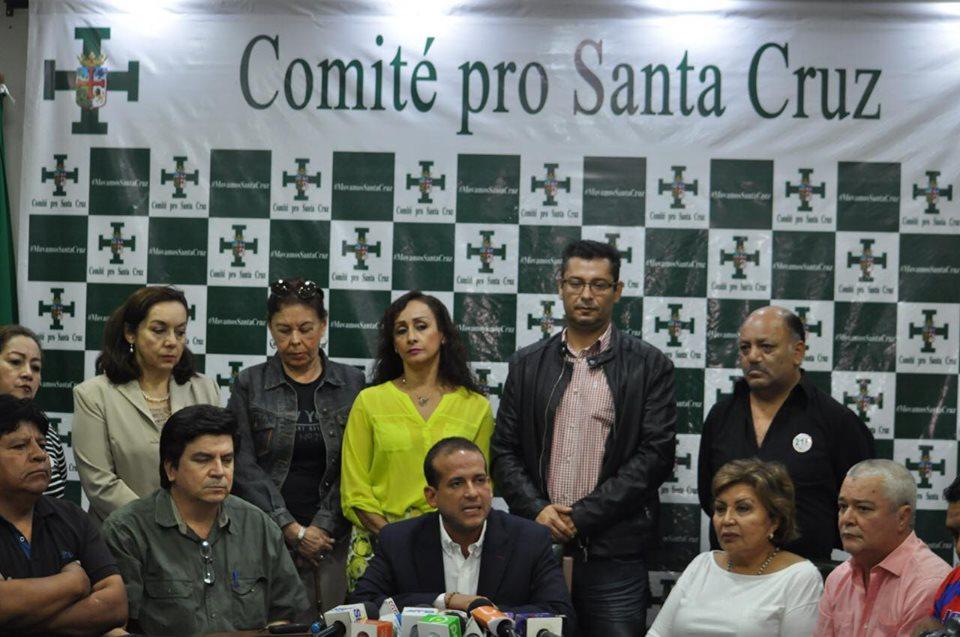 Los cívicos cruceños emprenden campaña de solidaridad con Roboré y la Chiquitanía / COMITÉ PRO SANTA CRUZ