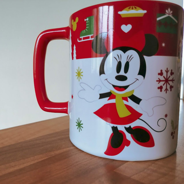 Minnie Mouse Christmas mug with cookie holder