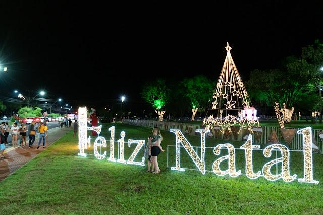 Natal de Luzes da Itaipu despede-se nesta terça-feira (5). Circuito drive-thru recebeu mais de 12 mil veículos