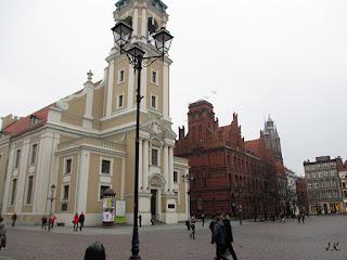 http://www.torun.pl/pl/turystyka/zabytki/koscioly-na-starowce/kosciol-ducha-swietego