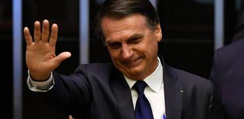 Bolsonaro é empossado presidente e defende sociedade sem discriminação e amarras ideológicas
