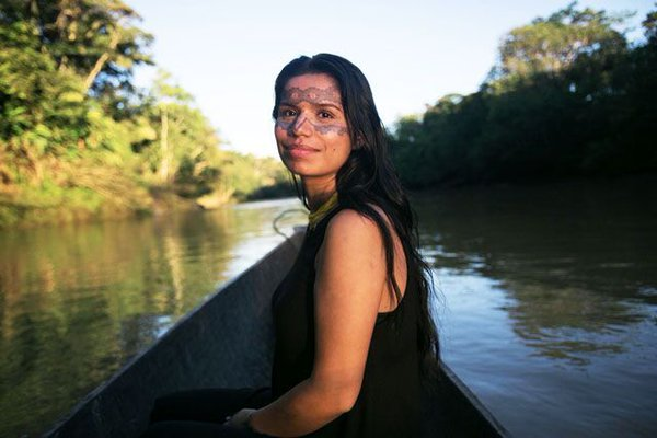 meet ecuadorian women