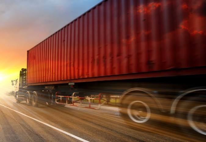 Contran autoriza circulação de porta-contêineres com até 21 metros de comprimento