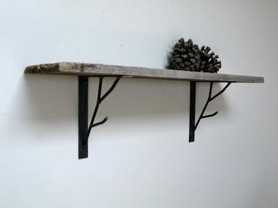 repisa con madera reciclada
