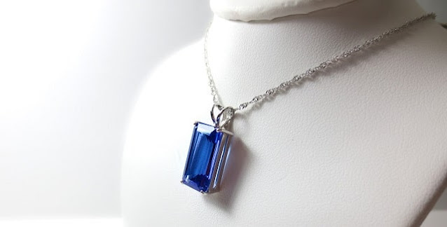 tanzanite stone meaning precious gem stone jewelry