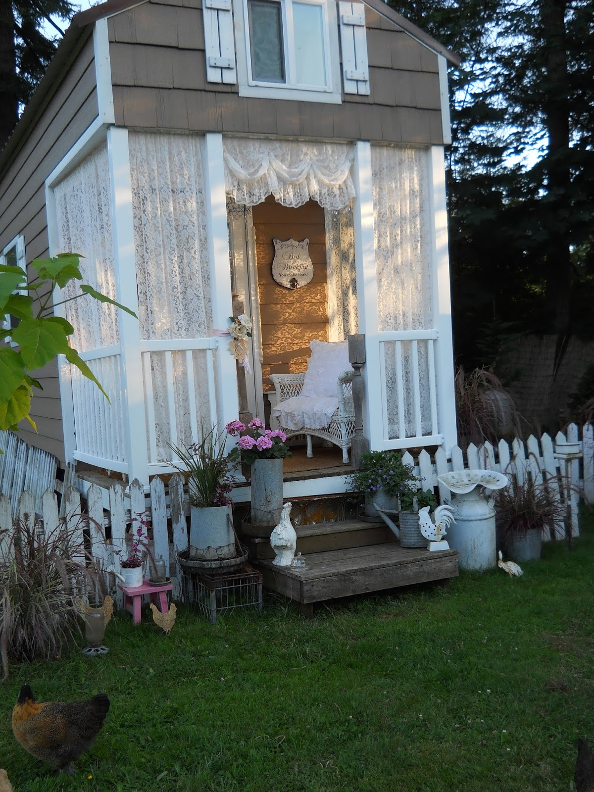 Shabby Chic Tiny Retreat: My Tiny Porch Makeover on Chic Patio Ideas id=31947