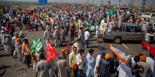100 Hari Protes UU Pertanian, Ribuan Petani India Blokir Jalan Tol New Delhi
