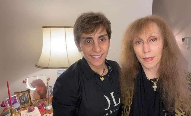 صورة فيروز مع ابنتها Fairuz