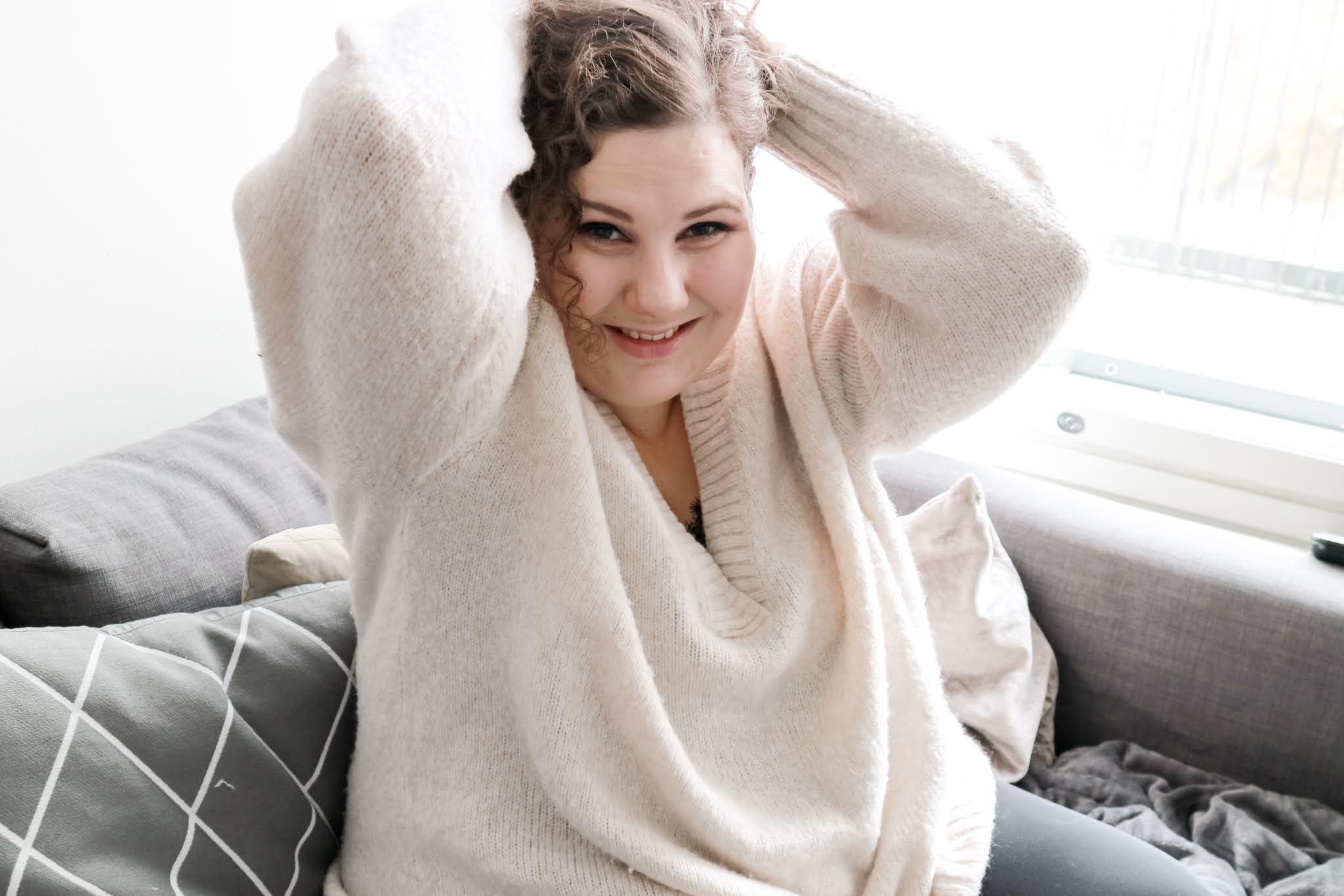 Big mamas home by Jenni S. Mitä kysyä treffikumppanilta?
