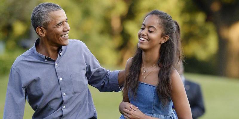 Ευχήθηκε την εξαφάνιση των Λευκών Ανθρώπων... Τσιμουδιά για τον ρατσισμό της κόρης Ομπάμα από τα ελληνικά ΜΜΕ...