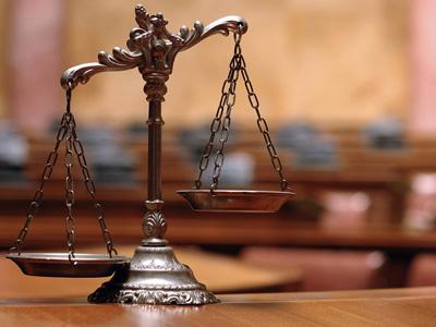 Representación en procesos judiciales