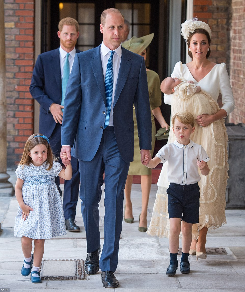 The Cambridges arrive for Prince Louis' Christening