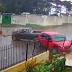 VÍDEO: MURO DE CASA É ATINGIDO DUAS VEZES EM QUATRO DIAS POR ACIDENTES DE CARRO