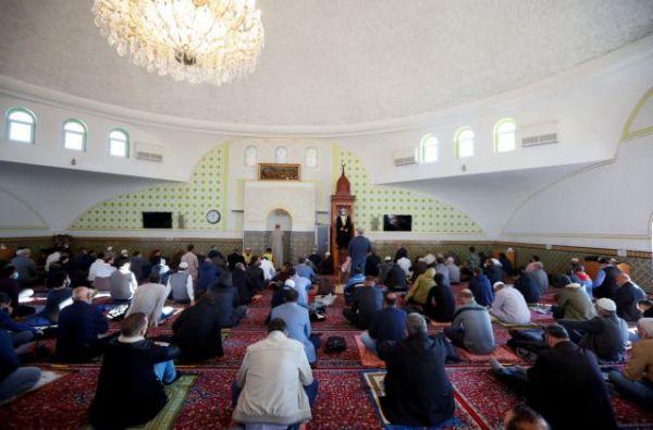 Αυστρία: Έκλεισαν δύο τζαμιά στη Βιέννη