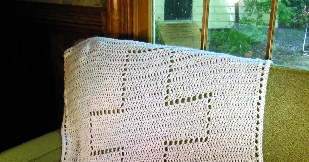 Hamburke: Baptism Blanket - free crochet pattern