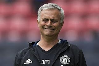 Mourinho Lagi-lagi Sindir Kebijakan Transfer MU