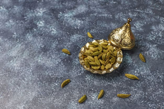 The benefits of cardamom.. Abdominal gas repellent