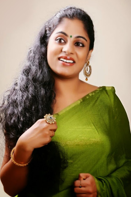 Mallu Tv Serial Actress Asha Aravind In Green Tight Saree -9741