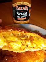 http://cuisinezcommeceline.blogspot.fr/2015/11/calzone-feuilletee-poulet-curry-emmental.html