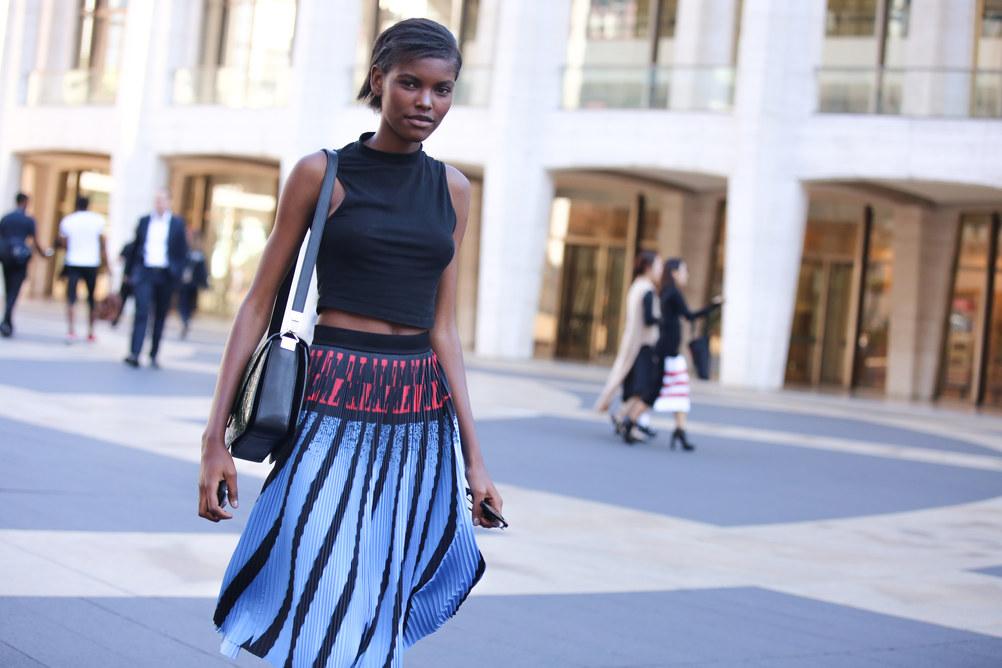 Street Style: Amilna Estevao's Printed Skirt