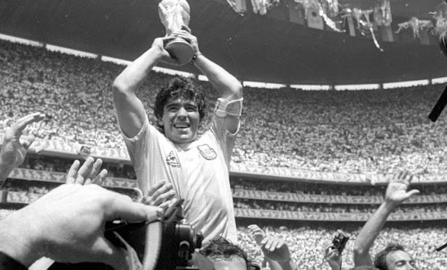 Maradona o Divino Humano