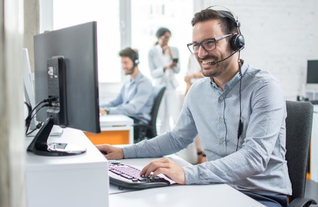 top company communications tools helps connect with customers