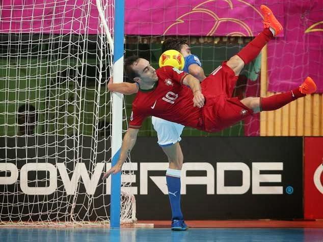 Euro Futsal 2014  Selecção nacional à procura do primeiro título  Objectivo  passa por chegar à fase a eliminar (grupo complicado) e tentar superar a ... d7c5a6813626a
