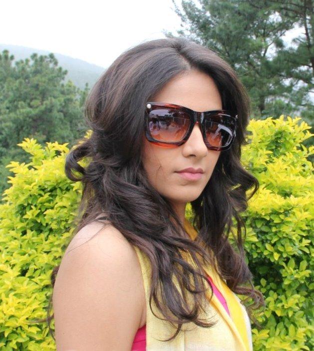 HD Wallpaper Download: Hot & Sexy Beautiful Model Actress