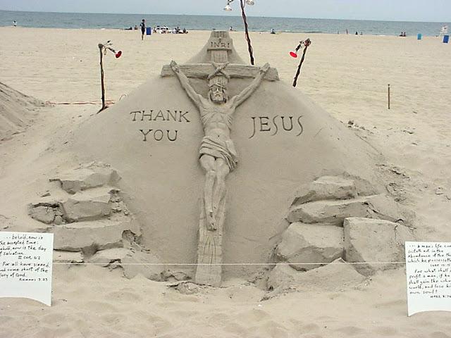 Những bức tượng Chúa được làm từ Cát tuyệt đẹp - Ảnh minh hoạ 8