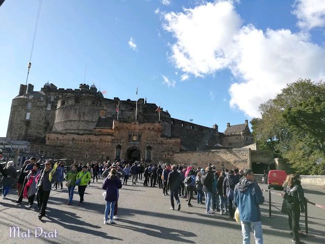Edinburgh Castle dan Edinburgh Old Town
